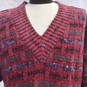Sweaters - Vintage V neck Sweater in Red & Blue